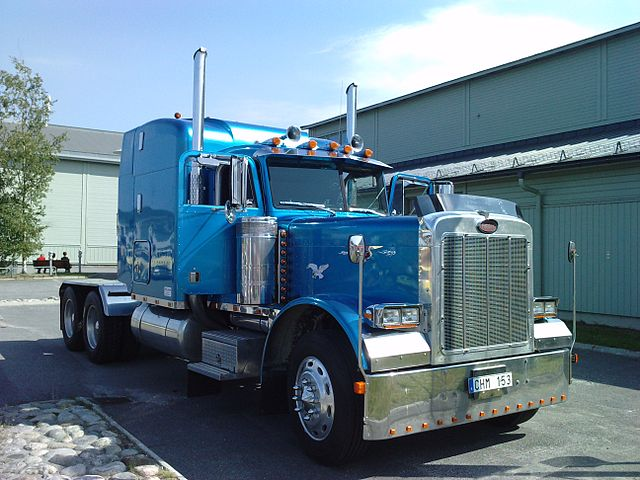 HOW TO MAKE $100,000 DRIVING TRUCK, EVEN IF YOU DON'T HAVE YOUR CDL YET